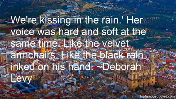 Quotes About Kissing In The Rain